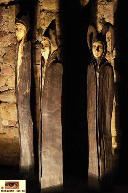 Skulpturen an der Wasserburg Bad Vilbel
