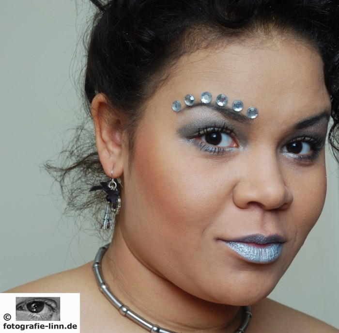 silver girl 2