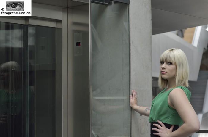 Model an Aufzug