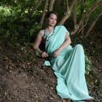 Einst lebte im Wald eine wunderschöne Nymphe - mutterseelenallein...