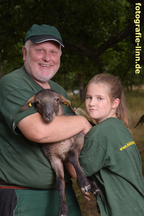 Vater, Tochter und Lamm