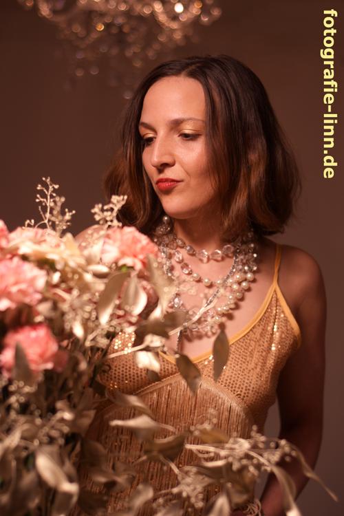 1920er gold und rosa