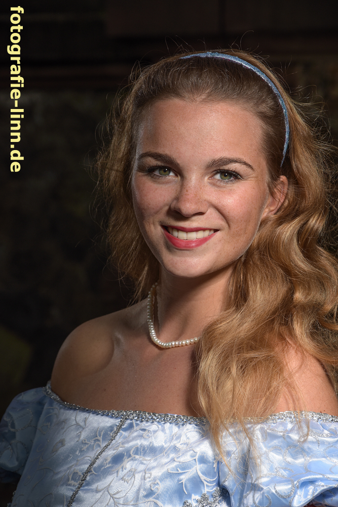 Portrait Cinderella 2