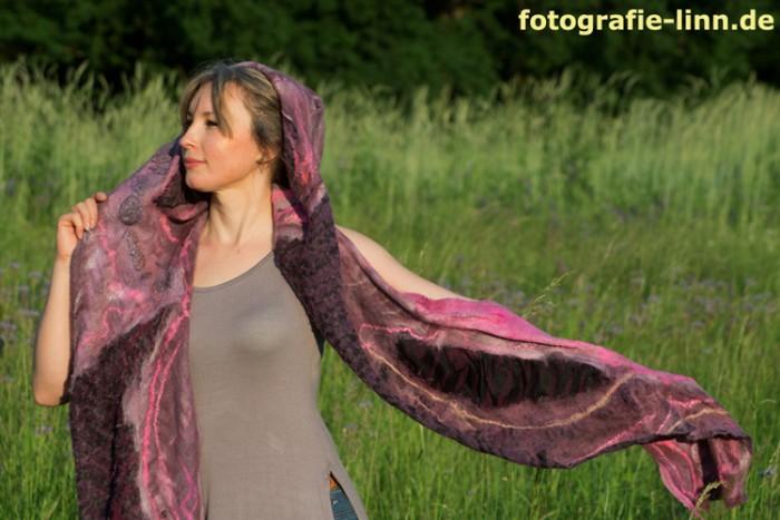 Schal im Wind