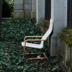 Scheintor mit Stuhl